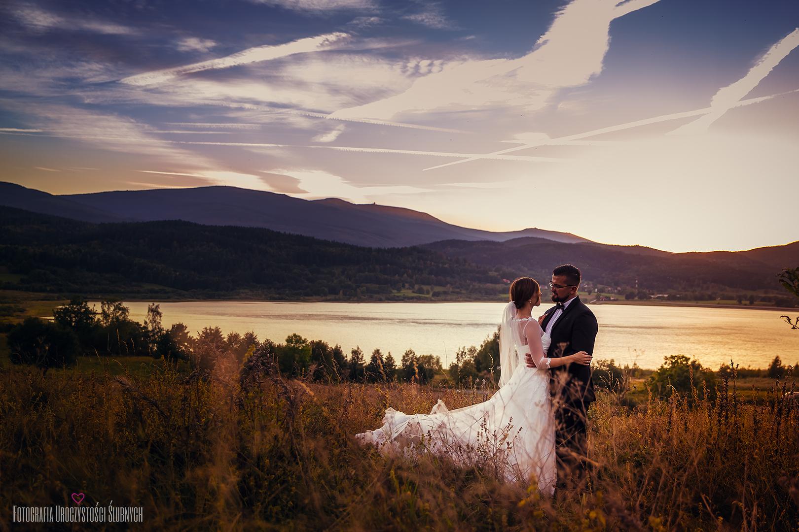 Piękne sesje plenerowe, sesje narzeczeńskie, artystyczna fotografia ślubna Jelenia Góra