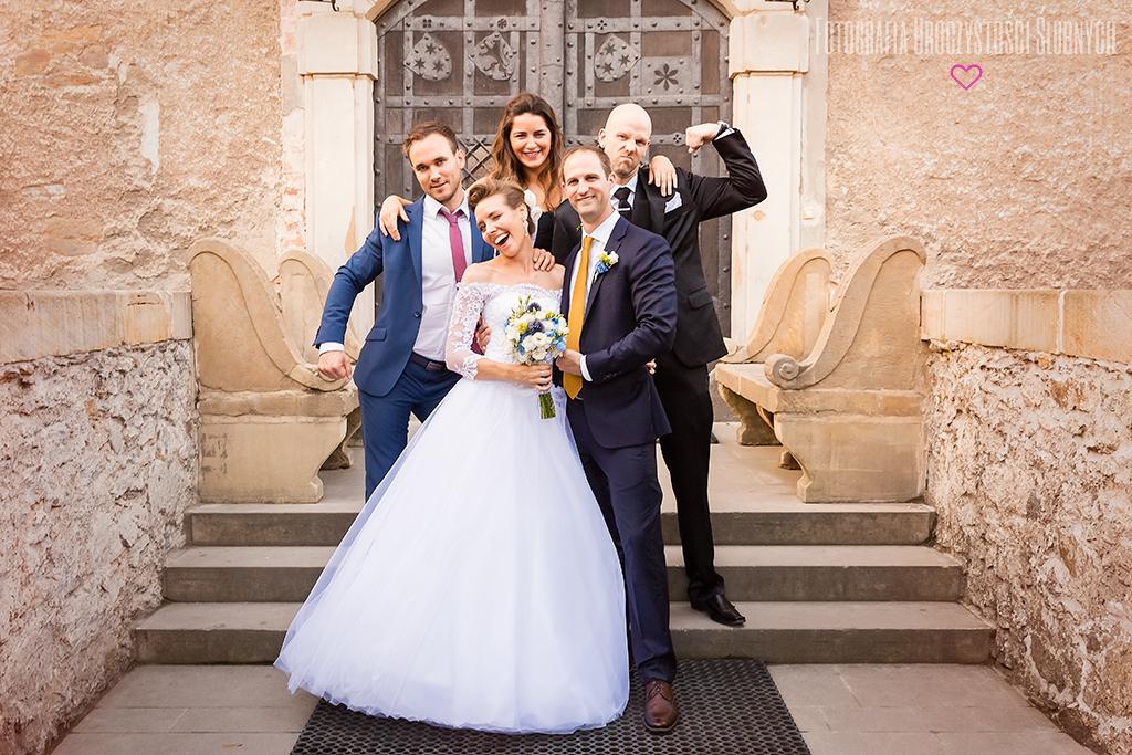Zapraszam na sesje narzeczeńskie, plenery oraz reportaże ślubne - Jelenia Góra, Wrocław i okolice.