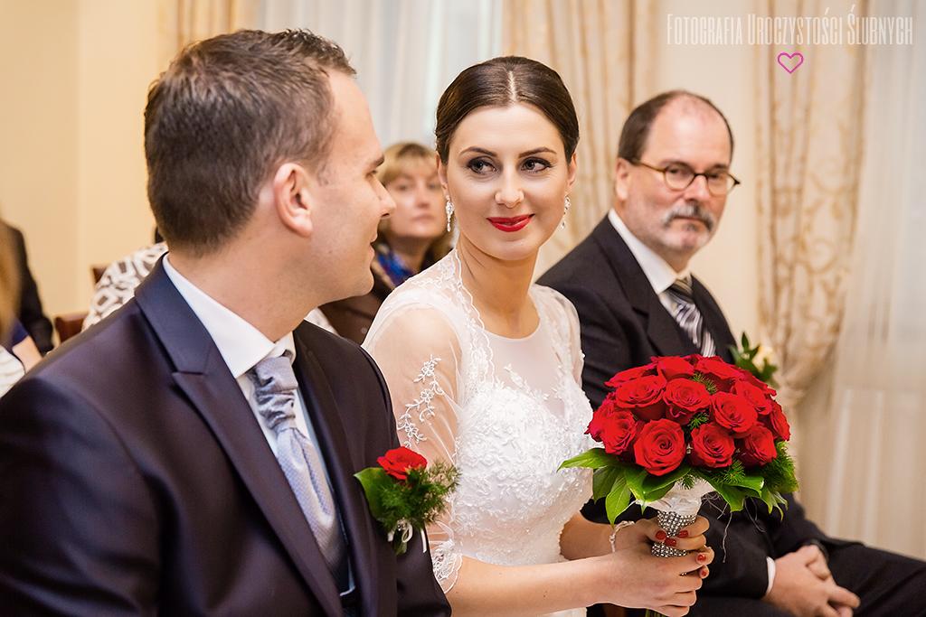 Reportaż ślubny Jelenia Góra, Wrocław i okolice. Zdjęcia ślubne Eweliny i Bastiana - Świeradów Zdrój