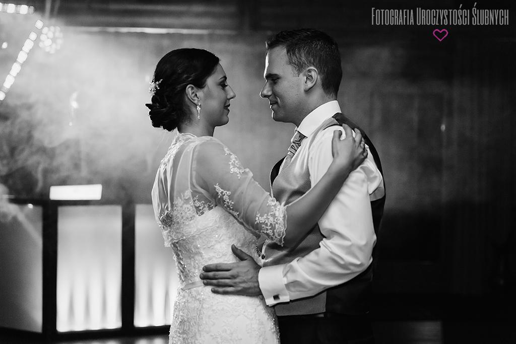 Zdjęcia ślubne Jelenia Góra, Świeradów Zdrój. Zapraszam do obejrzenia zdjęć ślubnych Eweliny i Bastiana.