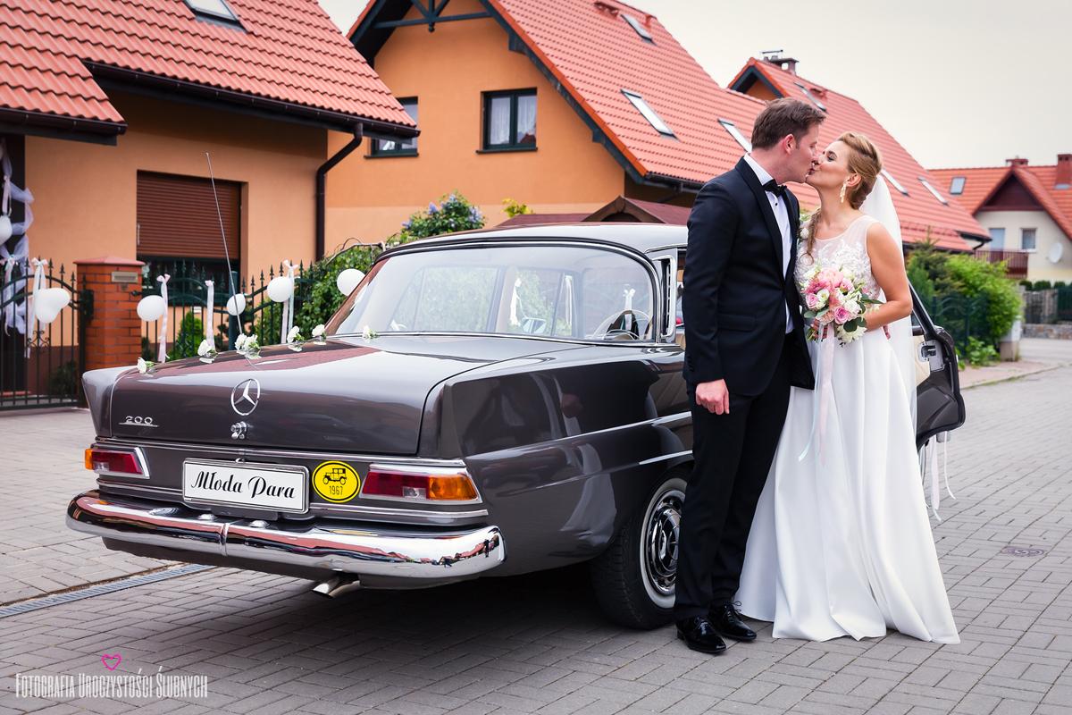 Zdjęcia ślubne, reportaże, sesje plenerowe. Klaudia Cieplińska - fotograf ślub jelenia góra.