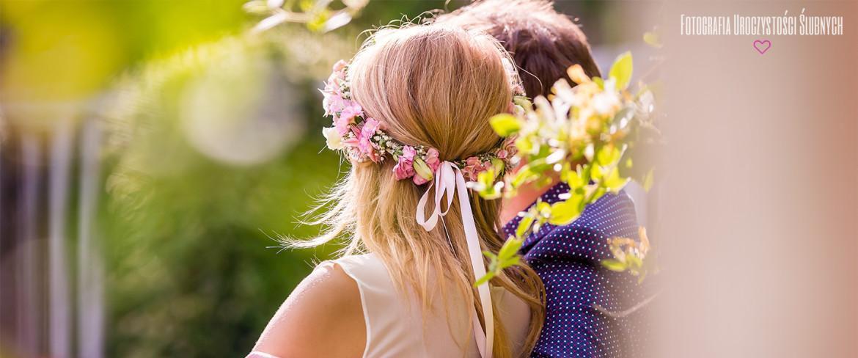 Ślubny plener w parku w Bukowcu