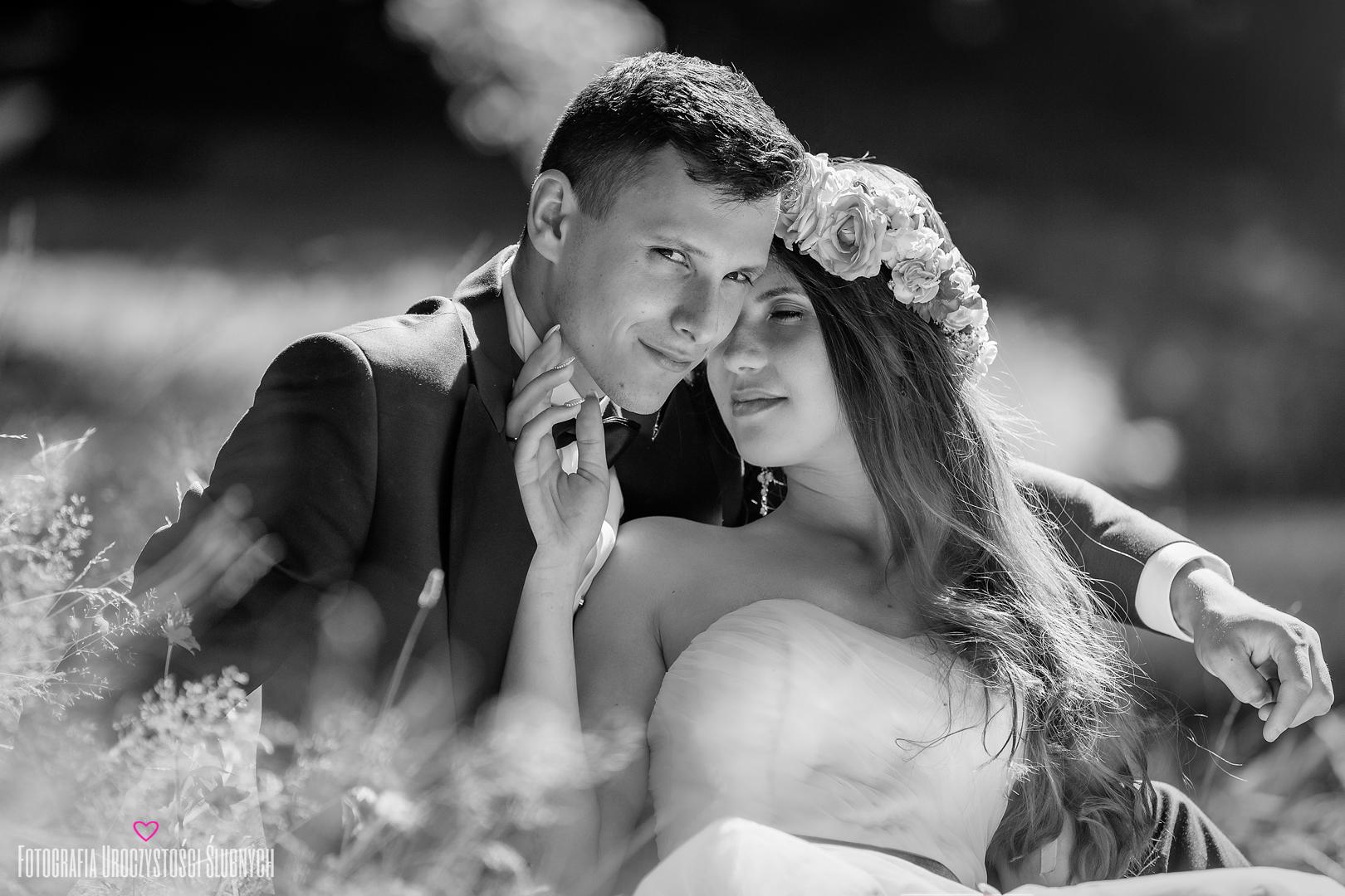 Ślubna sesja plenerowa w Jeleniej Górze. Artystyczna fotografia ślubna - Klaudia Cieplińska. Zdjęcia ślubne Jelenia Góra.