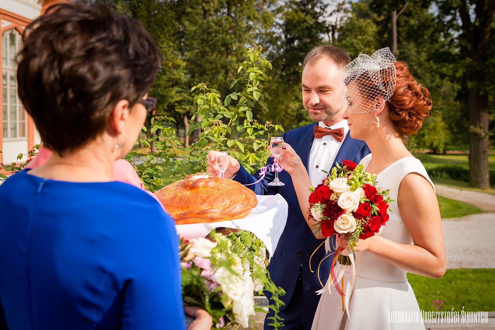 Profesjonalna i artystyczna fotografia ślubna dla Mariki i Bogusława w Pałacu Wojanów. Klaudia Cieplińska - fotograf Jelenia Góra