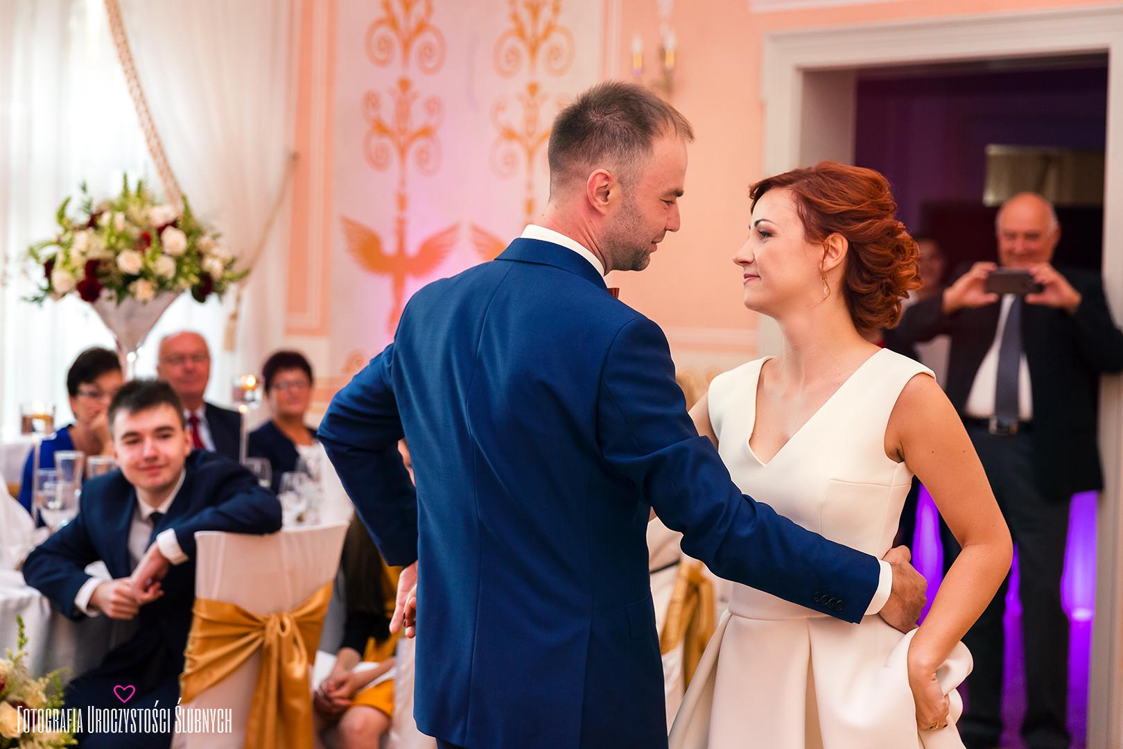 Marika i Bogusław - Sesja ślubna w Pałacu Wojanów. Reportaże ślubne, sesje narzeczeńskie, plenery ślubne Jelenia Góra.