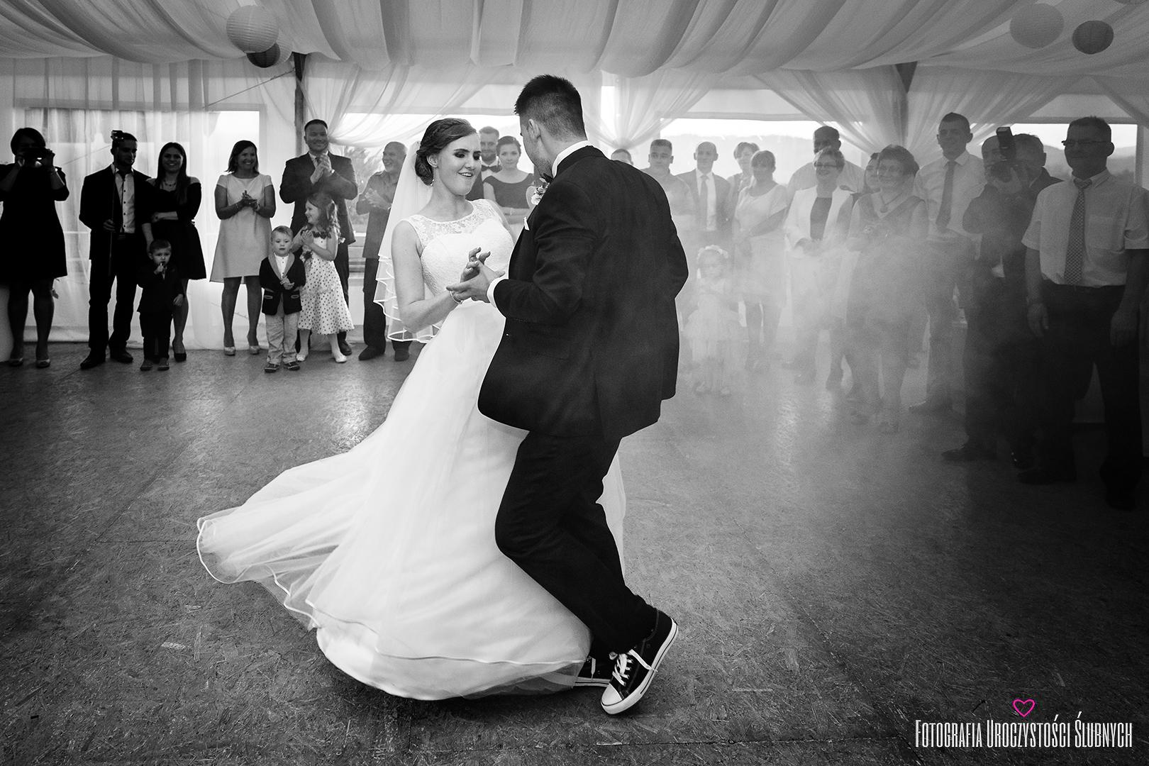Artystyczna fotografia ślubna Jelenia Góra. Zapraszam do obejrzenia fotorelacji ze ślubu Aldony i Dymitra.