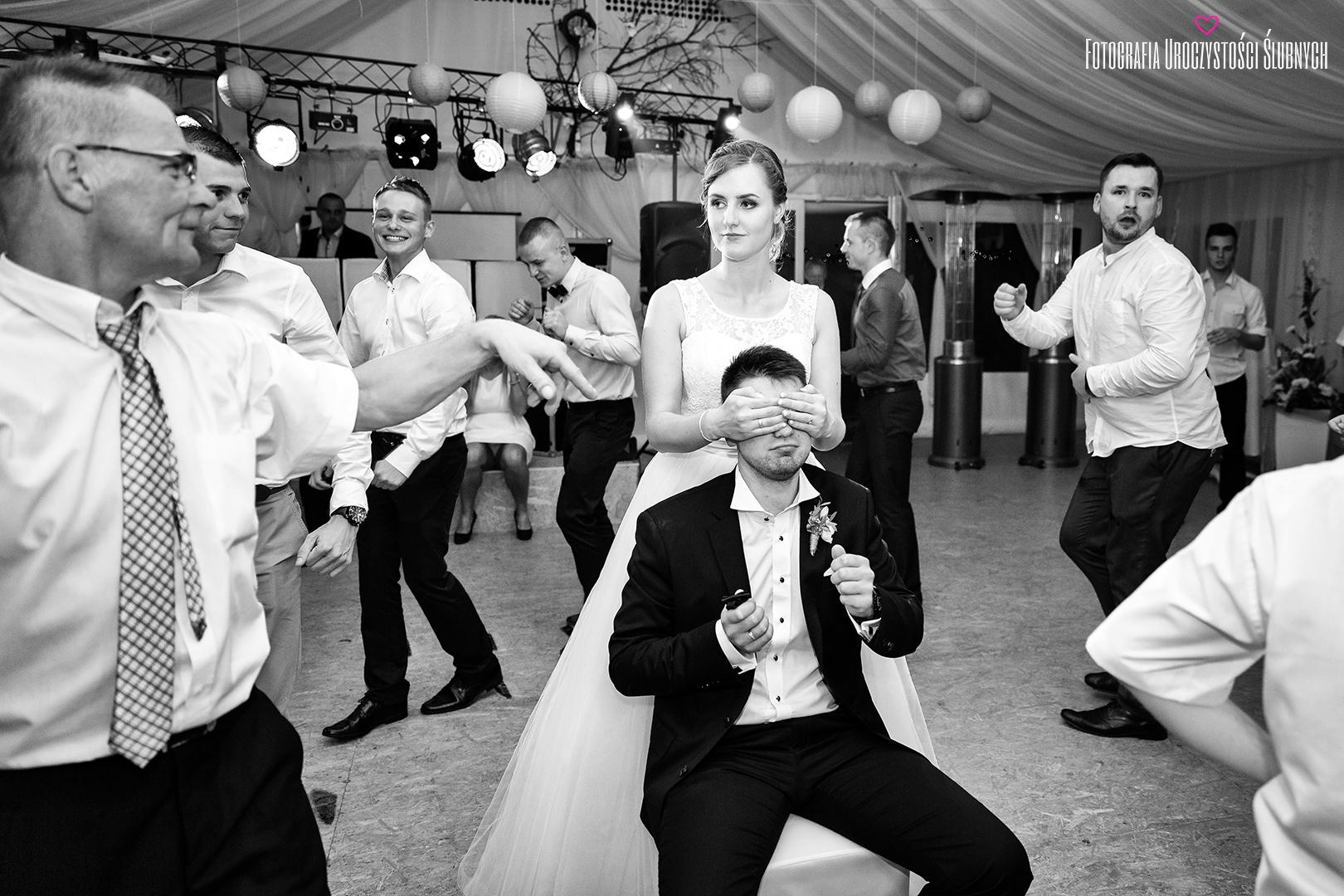 Artystyczna fotografia ślubna - Wesele Lubawka zdjęcia ślubne, reportaże, sesje narzeczeńskie. Zapraszam do obejrzenia fotorelacji ze ślubu Aldony i Dymitra.