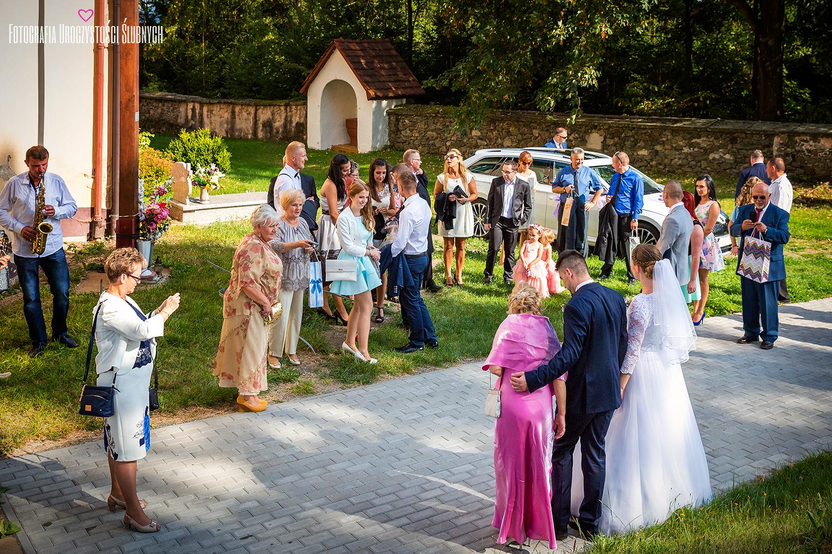 Profesjonalna i artystyczna fotografia ślubna, reportaże, sesje plenerowe Jelenia Góra i okolice. Zapraszam!