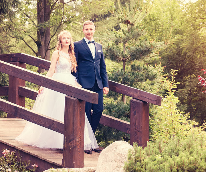 Paulina i Mateusz - plener w Ogrodzie Japońskim w Przesiece