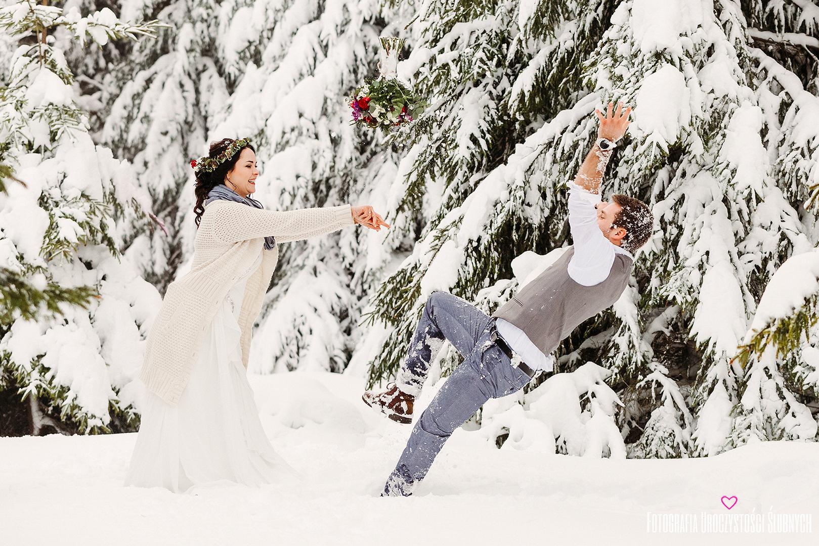 Przepiękne sesje narzeczeńskie oraz sesje ślubne plenerowe w lasach, górach; Zimowa sesja plenerowa w Karkonoszach