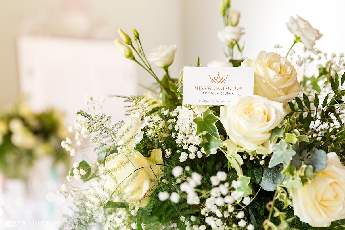 Miss Weddington - certyfikowana konsultantka ślubna Jelenia Góra, sesja zdjęciowa w Pałacu Pakoszów koło Jeleniej Góry. Profesjonalne zdjęcia ślubne Jelenia Góra