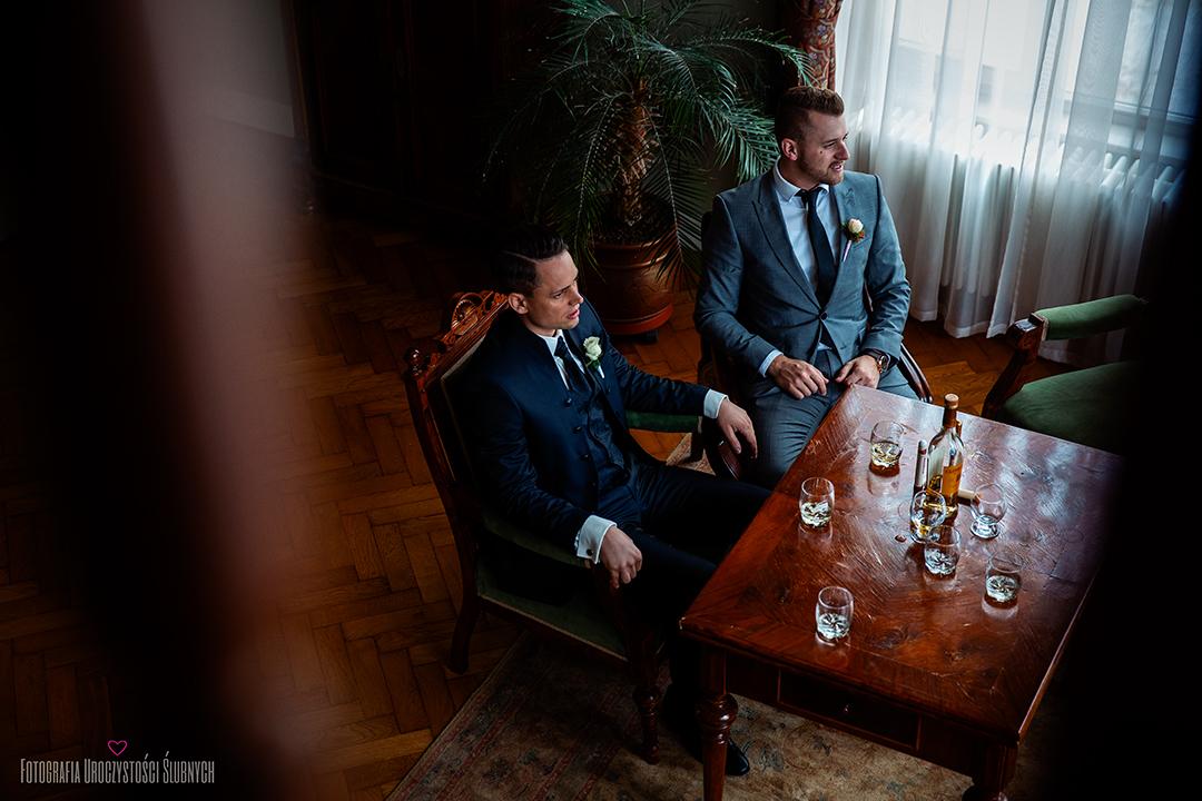 Reportaż ślubny w Pałac Wojanów - Fotografia ślubna Jelenia Góra Klaudia Cieplińska, artystyczne zdjęcia ślubne